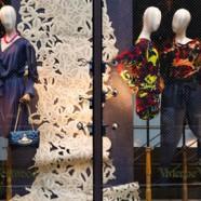 日本人気品牌のVivienne Westwood銀包